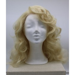 Paruka blond vlnitá , delší, lace